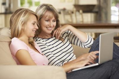 moeder en dochter zoeken een Swap voor een taaluitwisseling - mère et fille cherchent un Swap pour un échange linguistique